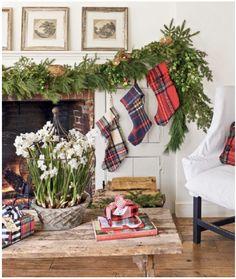 Diy Christmas Garland, Christmas Mantels, Simple Christmas, Christmas Ideas, Navidad Simple, Navidad Diy, Simple Birthday Decorations, Diy Christmas Decorations Easy, Christmas Living Rooms