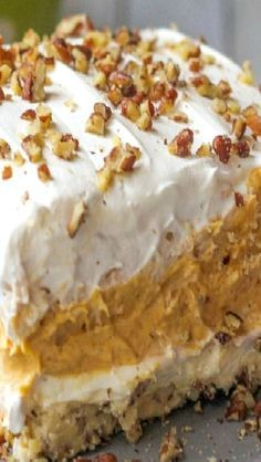 Pumpkin Delight Dessert ~ With a pecan layer, cream cheese layer, pumpkin and pudding layer and a Cool Whip layer on top 13 Desserts, Layered Desserts, Delicious Desserts, Dessert Recipes, Sweets Recipe, Potluck Desserts, Dessert Food, Easy Fall Desserts, Dessert Simple
