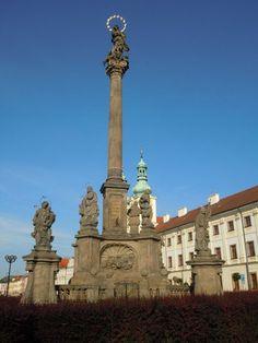 Marian column in Hradec Kralové, East Bohemia, Czechia Sports Organization, I Am A Queen, Czech Republic, Cn Tower, Castle, River, Adventure, City, Gallery