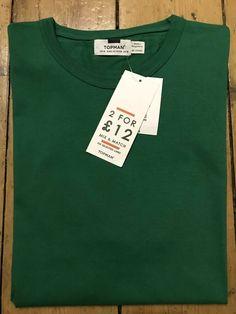 Topman Plain Green T-shirt Mens Size Medium Ideal Work Top Brand New With Tags Plain Green T Shirt, Green T Shirt Mens, Adidas Originals Jeans, Topman Shorts, Olive Green Hoodie, Men's Shirts And Tops, Khaki Jacket, Mens Fleece