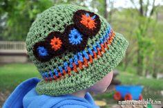 Crochet Caterpillar Toddler Boy Sun Hat {free crochet pattern}