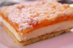 Wunderbar fruchtig, frisch und cremig: Rezept für Mandarinen-Topfen-Schnitte - Widerstand zwecklos!