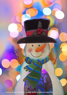 Snowman Bokeh  (Explored) 16,000 visits to this photo. Thank you. by Glenn Waters ぐれんin Japan., via Flickr