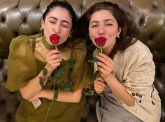 Indian Gowns Dresses, Mahira Khan, Pakistani Actress, Profile, Poses, Actresses, Photo And Video, Videos, Pretty