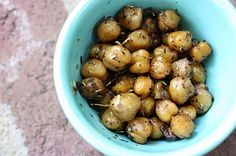 Balsamic Roasted Chickpeas!