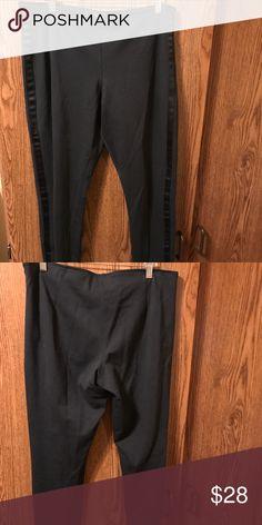 Black polo Ralph Lauren straight legged pant Black polo Ralph Lauren tuxedo look straight legged pant  size 12 Polo by Ralph Lauren Pants Straight Leg