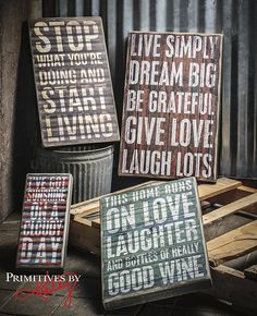 Motivation with textured box signs