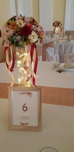 A ledes világítással már az esti bulira készültünk... Virág dekoráció: Holdvirág, Szentes