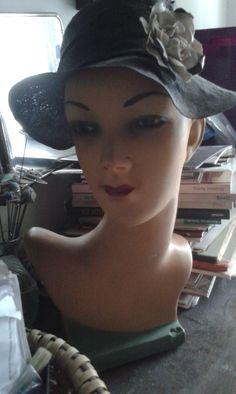 ART DECO BÜSTE, Deko-Kopf, Perückenkopf von Lisitant auf Etsy Manequin, Art Deco, Earthenware, See Photo, Wigs, Etsy, Vintage, Deco, Hair Wigs