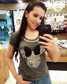 diferentedivasclubedamoda's Instagram Photo - Tee diva ❤ #tee #tshirt #teebordada #fashionista #trend #love #chic #glam #oodt#style #picoftheday #bestofthebest #instagood #instafashion #vendasnoatacado #modafeminina #follow #diferentedivas #boatarde