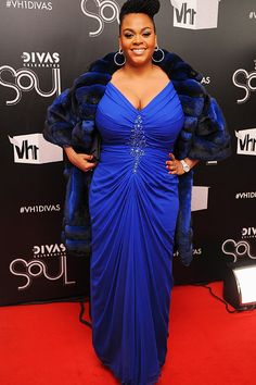 "fullfiguredpotential: "" Miss Jill Scott at the Divas Celebrates Soul show in New York City. Jill Scott, Plus Size Gowns, Plus Size Outfits, Diva Fashion, Curvy Fashion, Fat Fashion, Curvy Celebrities, Celebs, Plus Size Fashionista"