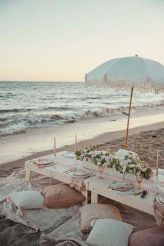 Beach Dinner, Beach Picnic, Summer Picnic, Backyard Picnic, Summer Beach Party, Picnic Set, Santa Barbara Beach, Picnic Birthday, Birthday On The Beach