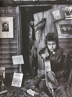 Bob Dylan, 1965 - the woman at the door is Sarah Lownds, his girlfriend and soon to be his wife