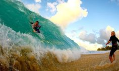 Funny pictures about Shore break. Oh, and cool pics about Shore break. Also, Shore break photos. No Wave, Shore Break, The Meta Picture, Huge Waves, Dump A Day, Ocean Photography, Ocean Waves, Beach Waves, Cool Photos