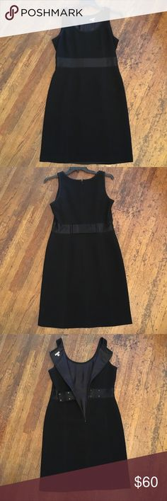 💃🏻 ✨FORMAL✨ Black Ann Taylor Bow Dress, 12 💃🏻 Ann Taylor ✨Formal✨ Little Black dress, size 12. Fully lined, back zipper, ribbon like detail at waist, and BEAUTIFUL bow at the back  Worn only once - it is in AMAZING condition!! The perfect little black elegant dress your closet is missing. 😉💃🏻✨👠  Smoke-free & pet-free home 🏡 Ann Taylor Dresses