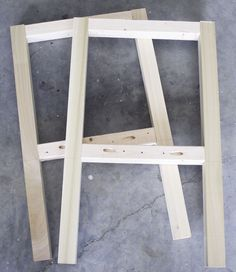 building a sofa table - use this frame, palet wood for top & shelves