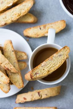 This classic biscotti recipe makes the best biscotti cookies! A basic biscotti recipe plus recipes for almond biscotti, chocolate biscotti and cranberry orange biscotti. These homemade biscotti cookies are crispy and perfect for holiday gifts and C Vanilla Almond Biscotti Recipe, Best Biscotti Recipe, Cranberry Almond Biscotti, Whole Wheat Biscotti Recipe, No Flour Cookies, Biscotti Cookies, Almond Cookies, Chocolate Cookies, Bar Cookies