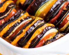 Ratatouille bien sage en rang d'oignons au miel : http://www.fourchette-et-bikini.fr/recettes/recettes-minceur/ratatouille-bien-sage-en-rang-doignons-au-miel.html