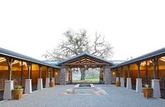 horse barn designs - Horse barns and stables Equestrian Stables, Horse Stables, Horse Farms, Dream Stables, Dream Barn, Horse Barn Designs, Horse Barn Plans, Horse Ranch, H Design