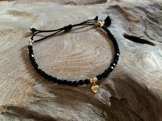 Armbänder - Perlen Armband schwarz mit Herz gold - ein Designerstück von saniLou bei DaWanda