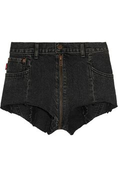 Vetements - Levi's Distressed Denim Shorts - Black - small
