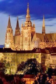 Castles+around+the+World+-+Prague+Castle,+Czech+Repu