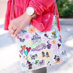 E M I L Y  (Hagood) J O N E S (@ohyeahem) Dooney & Bourke | As Seen On    Handbag | Accessory | Accessories | Purse | Fashion | Style