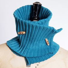 Buttoned collar - teal Pleated fleece buttoned collar with wooden toggle fastening, extra snug and extra warm.