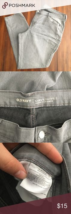 Old Navy Plus Size Grey Jeans Size 18 regular. Grey jeans. Has pulled thread as seen in last picture. Worn a hand full of times. Curvey profile jeans . Straight leg jeans. Make me an offer! Love to discount and bundle! Old Navy Jeans Straight Leg