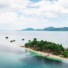 The 8 Cheapest South Pacific Islands You Need To Travel To Once In Your Life Famous Places In France, South Pacific, Your Life, Islands, Tower, Travel, Outdoor, Holiday, Outdoors