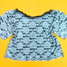 Learn this lace stencil technique in no time!  Use it on anything from jeans to t-shirts!