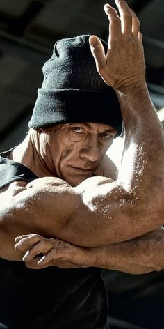 in Van Damme needs some years old Hollywood Actor, Hollywood Celebrities, Handsome Celebrities, Martial Arts Movies, Martial Artists, Best Bodybuilding Supplements, Claude Van Damme, English Movies, The Expendables