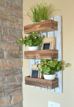 Little Vintage Nest. http://littlevintagenest.com/diy-wooden-wall-planter/