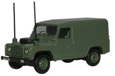 Oxford Military Land Rover Defender 1/76 Scale Diecast Model