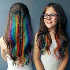 Sorprende con todo el arcoíris oculto entre tu pelo