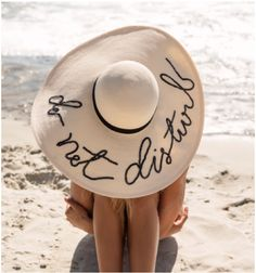 awesome floppy summer hat  ~ we ❤ this! moncheriprom.com