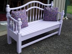 Beautiful garden bench made from a bed frame. Refurbished Furniture, Repurposed Furniture, Pallet Furniture, Rustic Furniture, Furniture Makeover, Furniture Ideas, Handmade Furniture, Furniture Design, Bed Frame Bench
