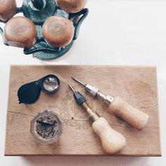 Værktøj ⚒  #værktøj  #tools #silver #sølv #diamond #diamant #smykker #jewelry #jewellery #guldsmed #jeweller #goldsmith #handcrafted #handmade #danishdesign #guldsmedlouisedegn