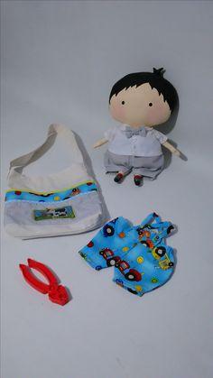 ¡¡¡ A juuuugaaaar!!!   El juego es la mejor manera de desarrollar las capacidades de los niños… Les comparto este adorable Tilda Toy Boy que sigo enamorada de este regordete pequeño bebé!!!