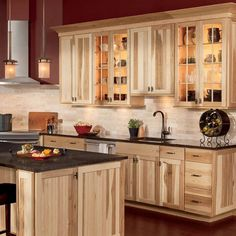 kitchen / hickory cabinets / ideas / inspiration
