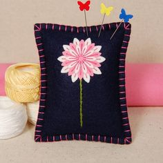 Handmade Wool Felt Pink Daisy Pincushion | Flickr - Photo Sharing!