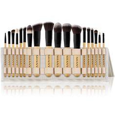 Eye Brushes, It Cosmetics Brushes, How To Use Makeup, Brush Cleanser, Highlighter Brush, Olay Regenerist, Brush Sets, Makeup Brush Set, Easel