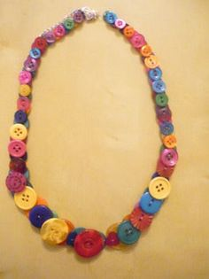 How to make button jewelry love it! must try! #ecrafty