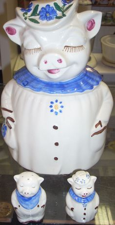 Vintage Shawnee Winnie Pig Cookie Jar with S/P Shakers