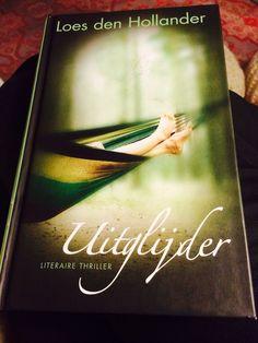Het was maar een uitglijder...een gemene recensent die slachtoffer wordt van zijn eerste literaire thriller...