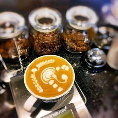 The old driver by @ruo_nang #latteart #coffeeart  @ruo_nang has a great profile check it out!!!! usa #caffeamericanoitalia per essere dei nostri! shop on caffeamericano.it  #caffè #caffèamericano #americancoffee #colazione #caffèlungo #caffeina #buongiorno #espresso #mattina #dolce #tazza #bar #caffetteria #torta #coffeebreak #coffee #cafe #caffeine #goodmorning #coffeetime #coffeeshop #mug #cup #melitta #latte by caffeamericano.it