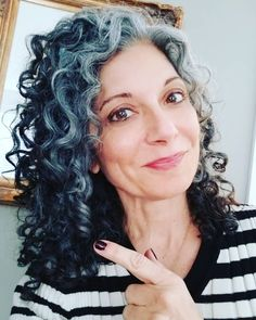 Let your natural silver lights shine. Grey Curly Hair, Silver Grey Hair, Curly Hair Styles, Natural Hair Styles, Long Hair, Natural Beauty, Witchy Hair, Grey Hair Journey, Messy Hairstyles
