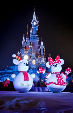 Photo Gallery: It's a Joyeux Noel at Disneyland Resort Paris