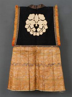 Winter Japanese Art - Momoyama Period Jinbaori Made Of Silk And 'Rasha' Japanese History, Japanese Culture, Japanese Art, Samurai Clothing, Male Clothing, Historical Costume, Historical Clothing, Japanese Outfits, Japanese Clothing