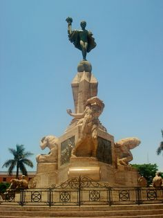The Freedom Monument in Trujillo. Monument to the Angel of Freedom in honor of the first free city of Peru.